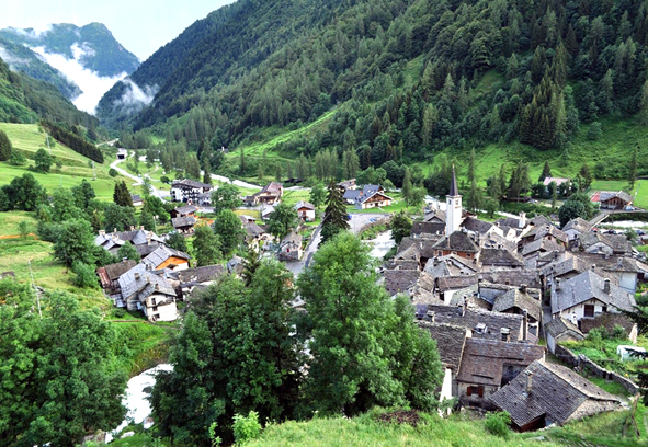 Carcoforo - favellatrice - leo núi ở Ý