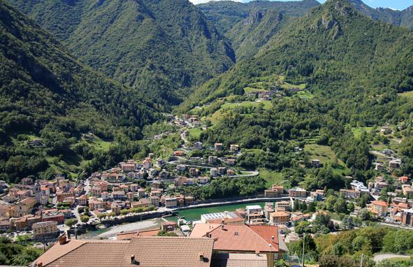 San Pellegrino Terme Favellatrice Leo núi ở Ý