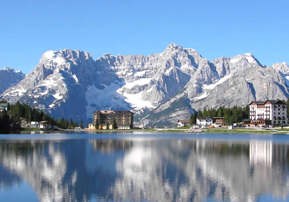 Lago di Misurina Leo núi ở Ý