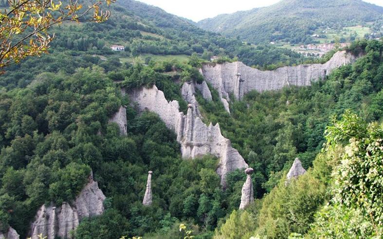 Valle Camonica - 54 di sản Unesco ở Ý Favellatrice