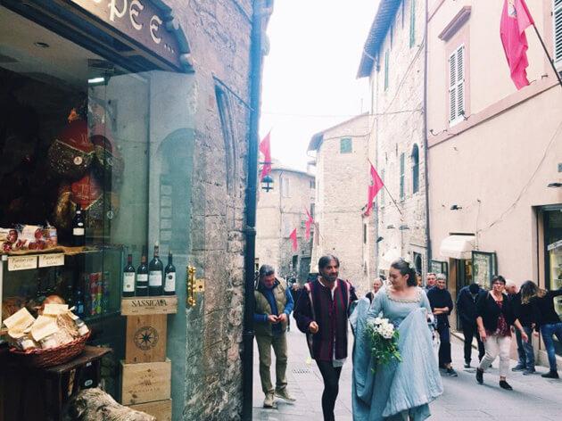 Lễ hội trung cổ Calendimaggio
