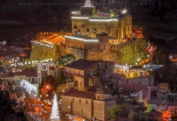 Chợ Giáng Sinh Benevento Limatola