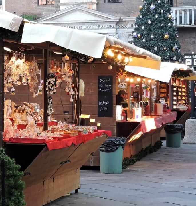 Chợ Giáng Sinh ở Ý